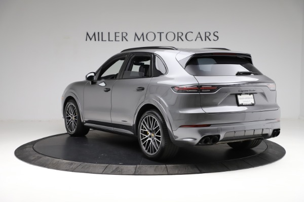 Used 2020 Porsche Cayenne Turbo for sale $145,900 at Maserati of Greenwich in Greenwich CT 06830 5