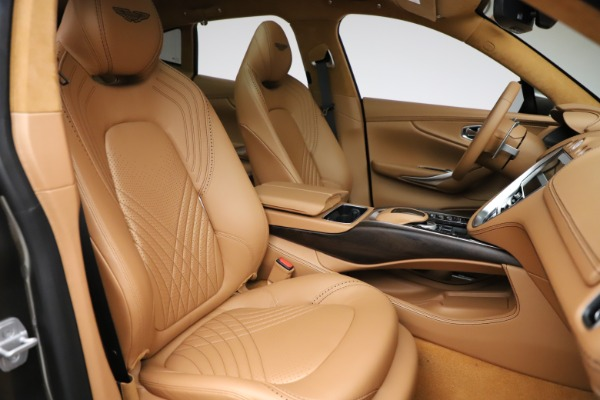 New 2021 Aston Martin DBX for sale $211,486 at Maserati of Greenwich in Greenwich CT 06830 24
