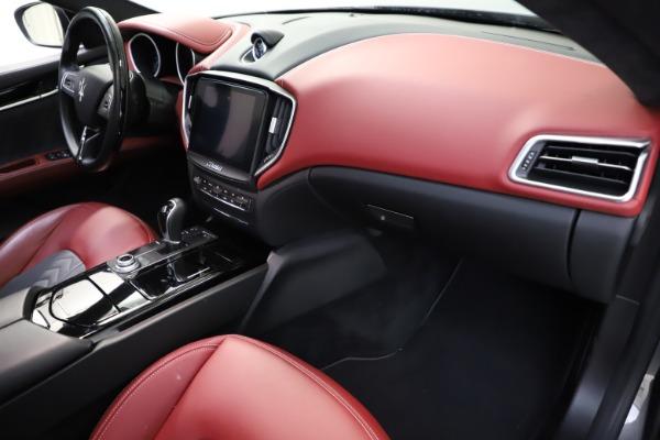 Used 2018 Maserati Ghibli SQ4 GranLusso for sale $55,900 at Maserati of Greenwich in Greenwich CT 06830 16
