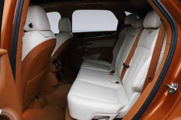Used 2018 Bentley Bentayga Onyx Edition for sale $149,900 at Maserati of Greenwich in Greenwich CT 06830 22