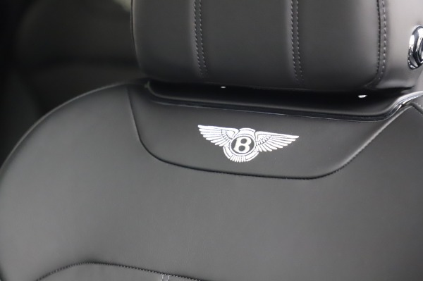 Used 2018 Bentley Bentayga Onyx Edition for sale Call for price at Maserati of Greenwich in Greenwich CT 06830 20