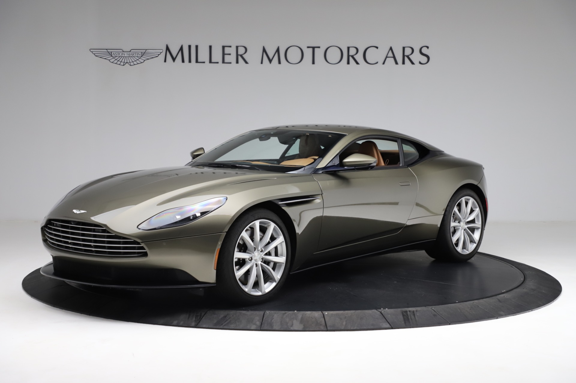 Used 2018 Aston Martin DB11 V8 for sale $151,900 at Maserati of Greenwich in Greenwich CT 06830 1