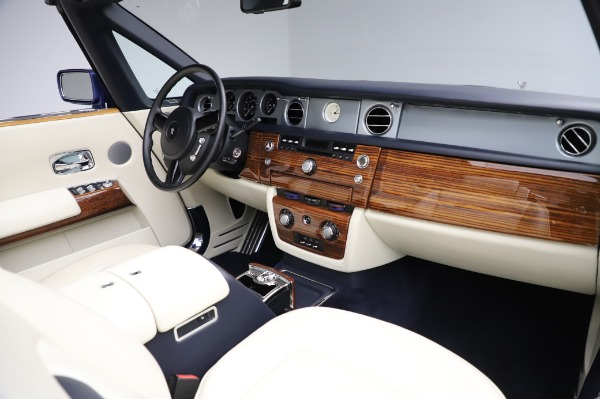 Used 2009 Rolls-Royce Phantom Drophead Coupe for sale $225,900 at Maserati of Greenwich in Greenwich CT 06830 24