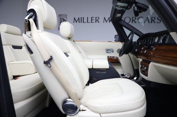 Used 2009 Rolls-Royce Phantom Drophead Coupe for sale $225,900 at Maserati of Greenwich in Greenwich CT 06830 25