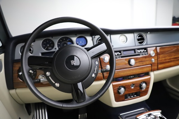 Used 2009 Rolls-Royce Phantom Drophead Coupe for sale $225,900 at Maserati of Greenwich in Greenwich CT 06830 27