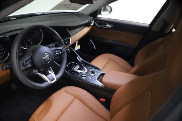 New 2021 Alfa Romeo Giulia Q4 for sale $48,535 at Maserati of Greenwich in Greenwich CT 06830 14