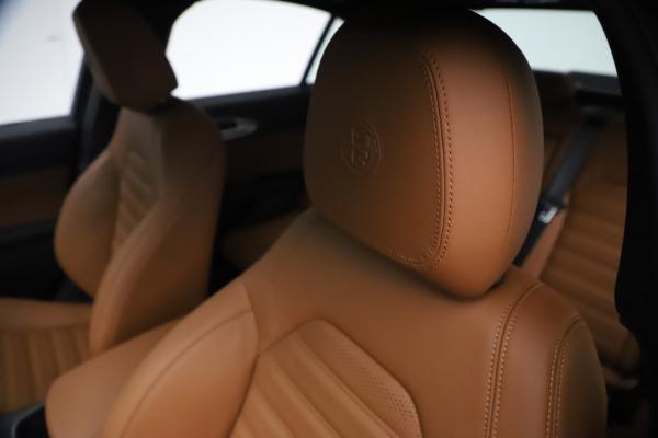 New 2021 Alfa Romeo Giulia Ti Sport Q4 for sale $54,050 at Maserati of Greenwich in Greenwich CT 06830 15
