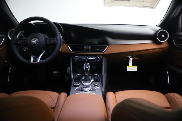 New 2021 Alfa Romeo Giulia Ti Sport Q4 for sale $54,050 at Maserati of Greenwich in Greenwich CT 06830 16