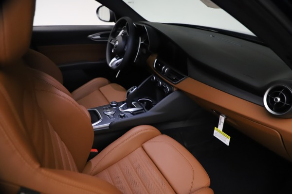 New 2021 Alfa Romeo Giulia Ti Sport Q4 for sale $54,050 at Maserati of Greenwich in Greenwich CT 06830 22