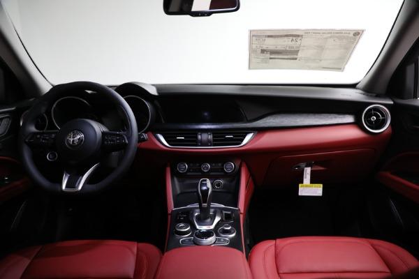 New 2021 Alfa Romeo Stelvio Q4 for sale $50,445 at Maserati of Greenwich in Greenwich CT 06830 15