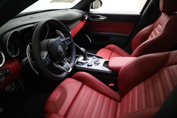 New 2021 Alfa Romeo Giulia Ti Sport Q4 for sale $54,050 at Maserati of Greenwich in Greenwich CT 06830 13