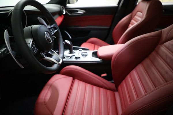 New 2021 Alfa Romeo Giulia Ti Sport Q4 for sale $54,050 at Maserati of Greenwich in Greenwich CT 06830 14