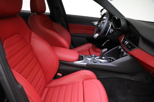 New 2021 Alfa Romeo Giulia Ti Sport Q4 for sale $54,050 at Maserati of Greenwich in Greenwich CT 06830 21
