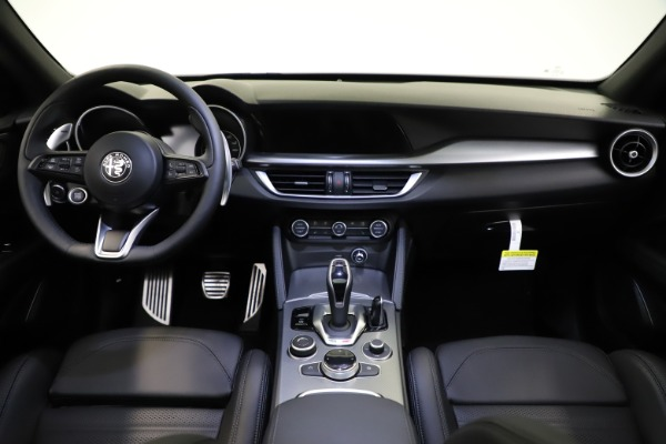 New 2021 Alfa Romeo Stelvio Ti Sport Q4 for sale $57,200 at Maserati of Greenwich in Greenwich CT 06830 17