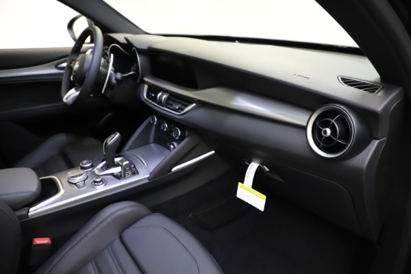 New 2021 Alfa Romeo Stelvio Ti Sport Q4 for sale $57,200 at Maserati of Greenwich in Greenwich CT 06830 23