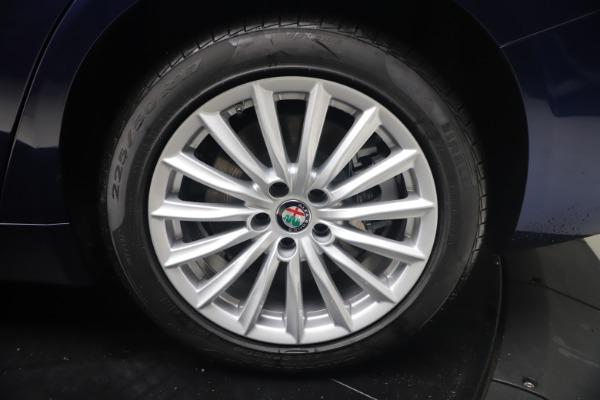 New 2021 Alfa Romeo Giulia Q4 for sale Sold at Maserati of Greenwich in Greenwich CT 06830 22