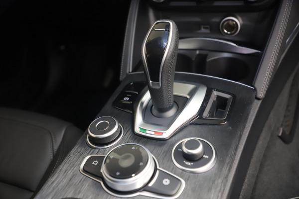 New 2021 Alfa Romeo Stelvio Q4 for sale $49,945 at Maserati of Greenwich in Greenwich CT 06830 18