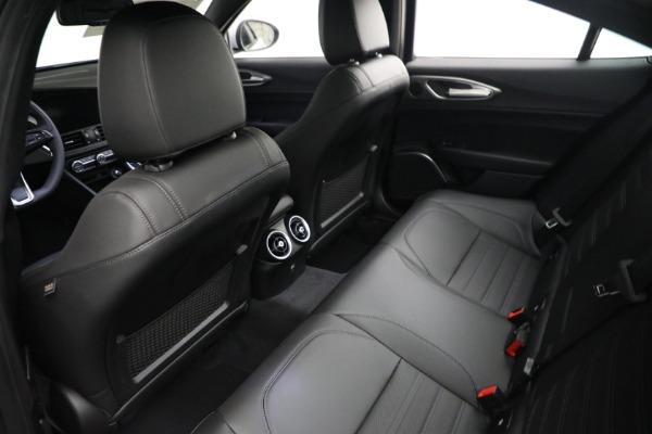 New 2021 Alfa Romeo Giulia Ti Sport Q4 for sale $53,050 at Maserati of Greenwich in Greenwich CT 06830 15