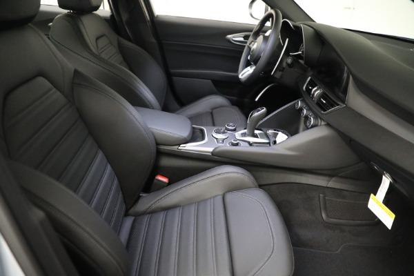 New 2021 Alfa Romeo Giulia Ti Sport Q4 for sale $53,050 at Maserati of Greenwich in Greenwich CT 06830 19