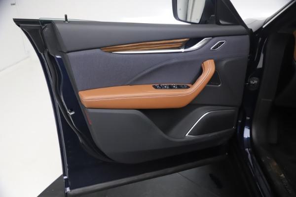 New 2021 Maserati Levante Q4 GranLusso for sale $93,385 at Maserati of Greenwich in Greenwich CT 06830 16