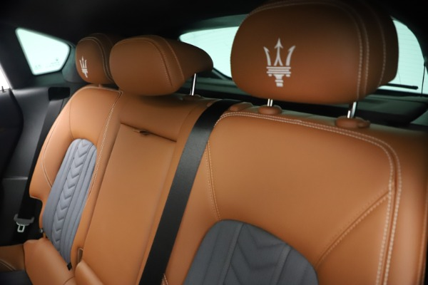 New 2021 Maserati Levante Q4 GranLusso for sale $93,385 at Maserati of Greenwich in Greenwich CT 06830 19