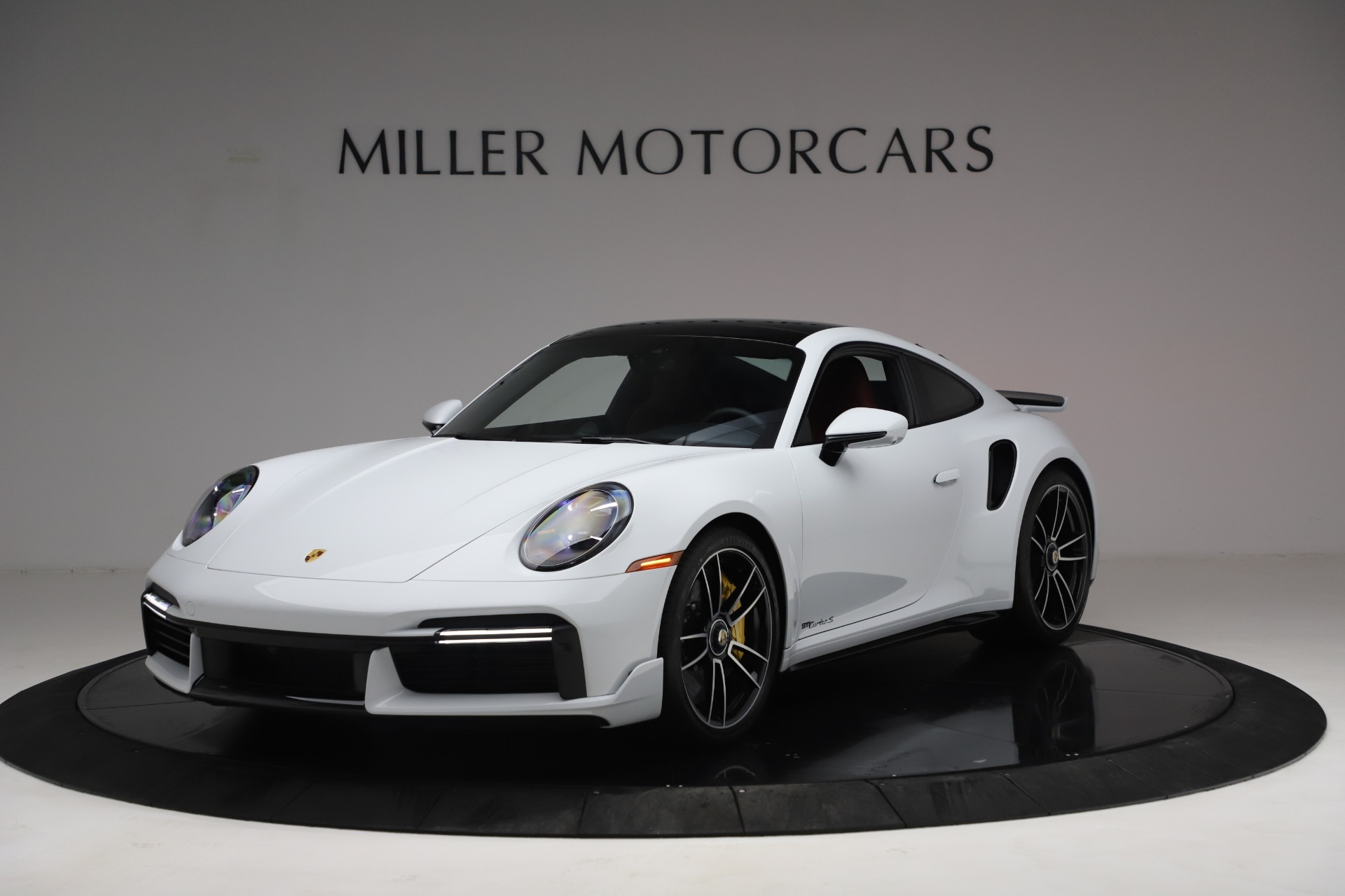 Used 2021 Porsche 911 Turbo S for sale $273,900 at Maserati of Greenwich in Greenwich CT 06830 1