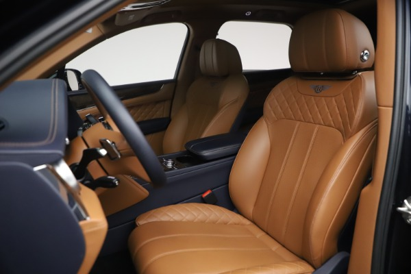 Used 2018 Bentley Bentayga W12 Signature for sale $149,900 at Maserati of Greenwich in Greenwich CT 06830 19