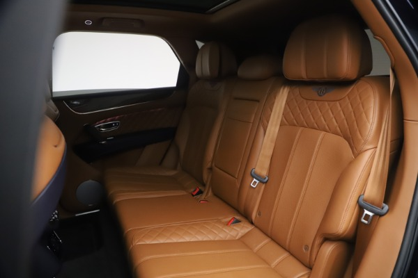 Used 2018 Bentley Bentayga W12 Signature for sale $149,900 at Maserati of Greenwich in Greenwich CT 06830 23