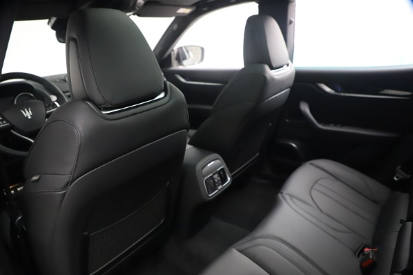 New 2021 Maserati Levante GranSport for sale $77,900 at Maserati of Greenwich in Greenwich CT 06830 18