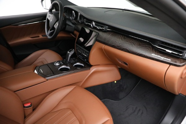 New 2021 Maserati Quattroporte S Q4 GranLusso for sale $120,599 at Maserati of Greenwich in Greenwich CT 06830 19
