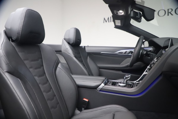 Used 2019 BMW 8 Series M850i xDrive for sale $99,900 at Maserati of Greenwich in Greenwich CT 06830 28