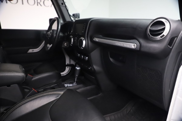 Used 2015 Jeep Wrangler Unlimited Rubicon Hard Rock for sale $39,900 at Maserati of Greenwich in Greenwich CT 06830 27