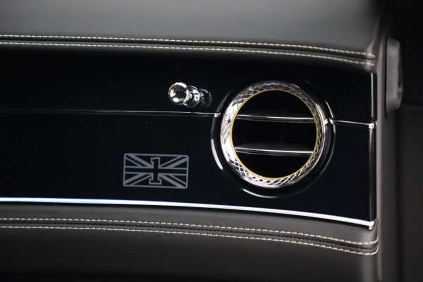 New 2020 Bentley Flying Spur W12 1st Edition for sale $276,070 at Maserati of Greenwich in Greenwich CT 06830 24