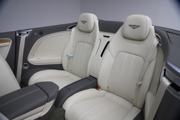 New 2020 Bentley Continental GT V8 for sale $269,605 at Maserati of Greenwich in Greenwich CT 06830 28
