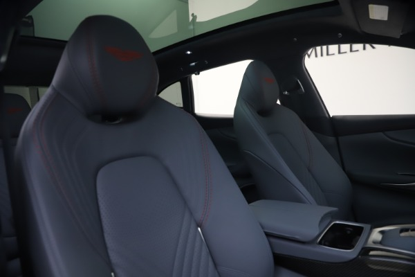 New 2021 Aston Martin DBX for sale $210,786 at Maserati of Greenwich in Greenwich CT 06830 21