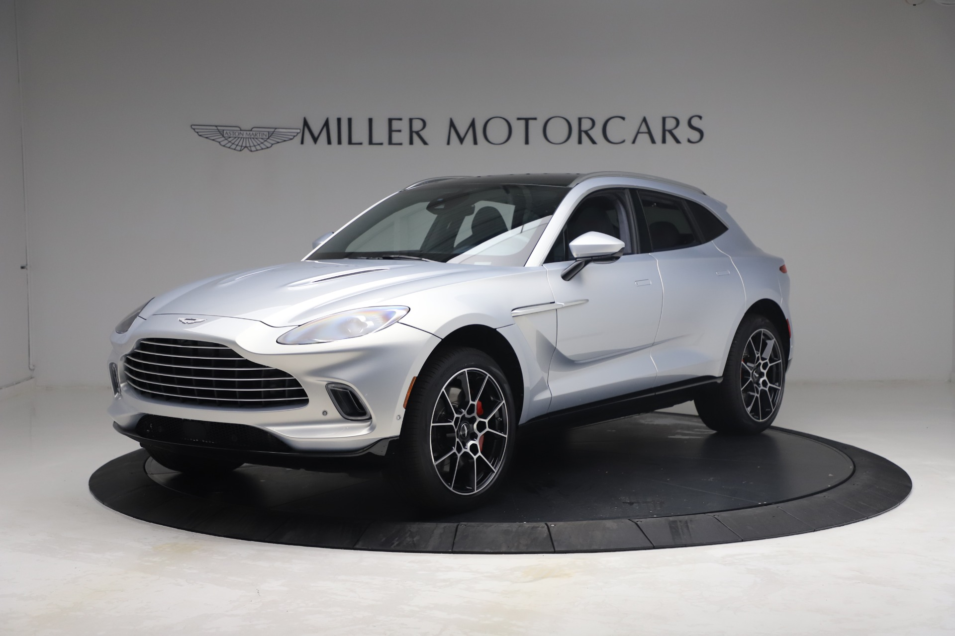 New 2021 Aston Martin DBX for sale $210,786 at Maserati of Greenwich in Greenwich CT 06830 1