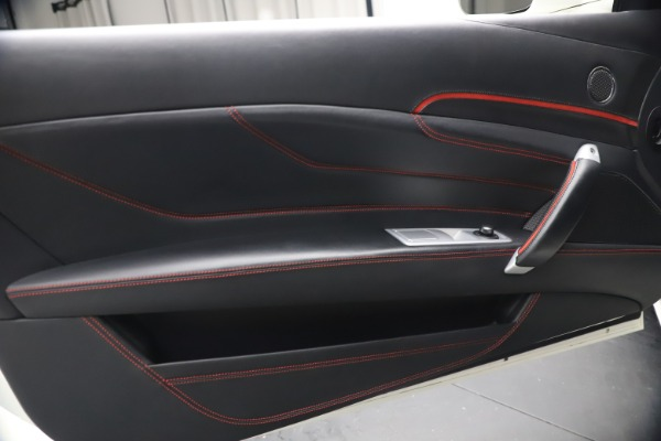 Used 2015 Ferrari FF for sale $159,900 at Maserati of Greenwich in Greenwich CT 06830 17