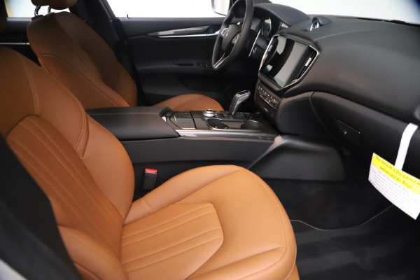 New 2021 Maserati Ghibli SQ4 for sale $85,804 at Maserati of Greenwich in Greenwich CT 06830 24