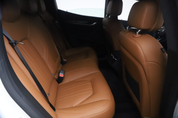 New 2021 Maserati Ghibli SQ4 for sale $85,804 at Maserati of Greenwich in Greenwich CT 06830 27