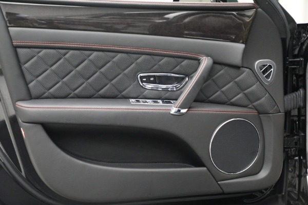 Used 2017 Bentley Flying Spur V8 for sale $136,900 at Maserati of Greenwich in Greenwich CT 06830 16