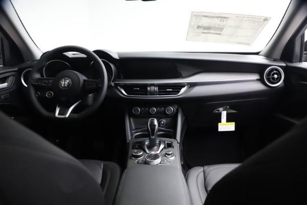 New 2021 Alfa Romeo Stelvio Ti for sale $51,955 at Maserati of Greenwich in Greenwich CT 06830 15