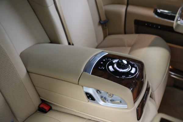 Used 2011 Rolls-Royce Ghost for sale Call for price at Maserati of Greenwich in Greenwich CT 06830 21