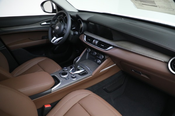 New 2021 Alfa Romeo Stelvio Ti Q4 for sale $54,840 at Maserati of Greenwich in Greenwich CT 06830 27