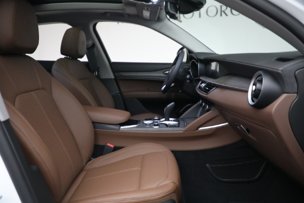 New 2021 Alfa Romeo Stelvio Ti Q4 for sale $54,840 at Maserati of Greenwich in Greenwich CT 06830 28