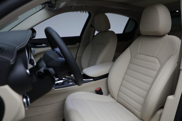 New 2021 Alfa Romeo Stelvio Ti Q4 for sale $57,400 at Maserati of Greenwich in Greenwich CT 06830 17