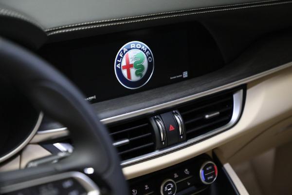 New 2021 Alfa Romeo Stelvio Ti Q4 for sale $57,400 at Maserati of Greenwich in Greenwich CT 06830 21