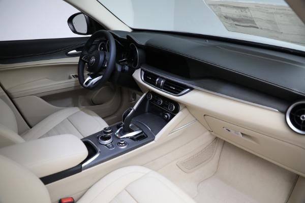 New 2021 Alfa Romeo Stelvio Ti Q4 for sale $57,400 at Maserati of Greenwich in Greenwich CT 06830 28