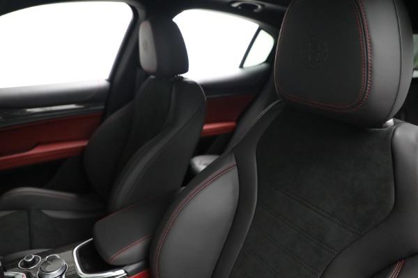 New 2021 Alfa Romeo Stelvio Quadrifoglio for sale $88,550 at Maserati of Greenwich in Greenwich CT 06830 15