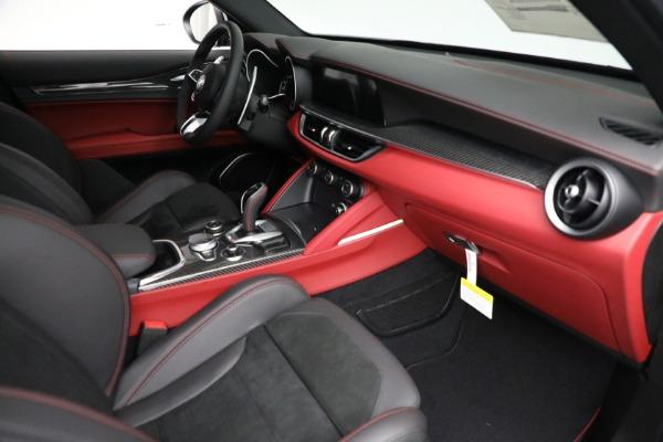 New 2021 Alfa Romeo Stelvio Quadrifoglio for sale $88,550 at Maserati of Greenwich in Greenwich CT 06830 22