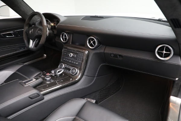 Used 2012 Mercedes-Benz SLS AMG for sale $159,900 at Maserati of Greenwich in Greenwich CT 06830 18